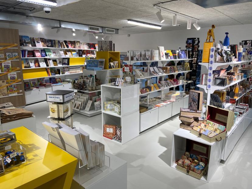 Univers librairie et papeterie de la boutique