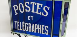 Enseigne des bureaux des Postes et Télégraphes, vers 1900 – Inv 21248